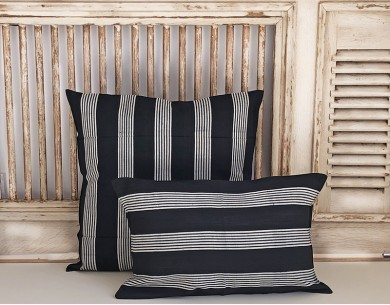 Housses coussins noires rayures blanches Tensira
