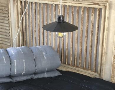 Lampe rétro noire métal décoration