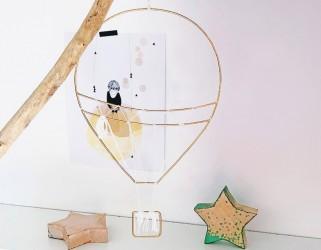 Décoration montgolfiére chambre d'enfant